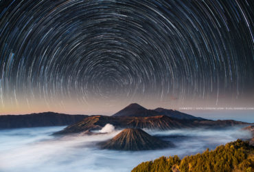 Moving stars / Mt Bromo Indonesia