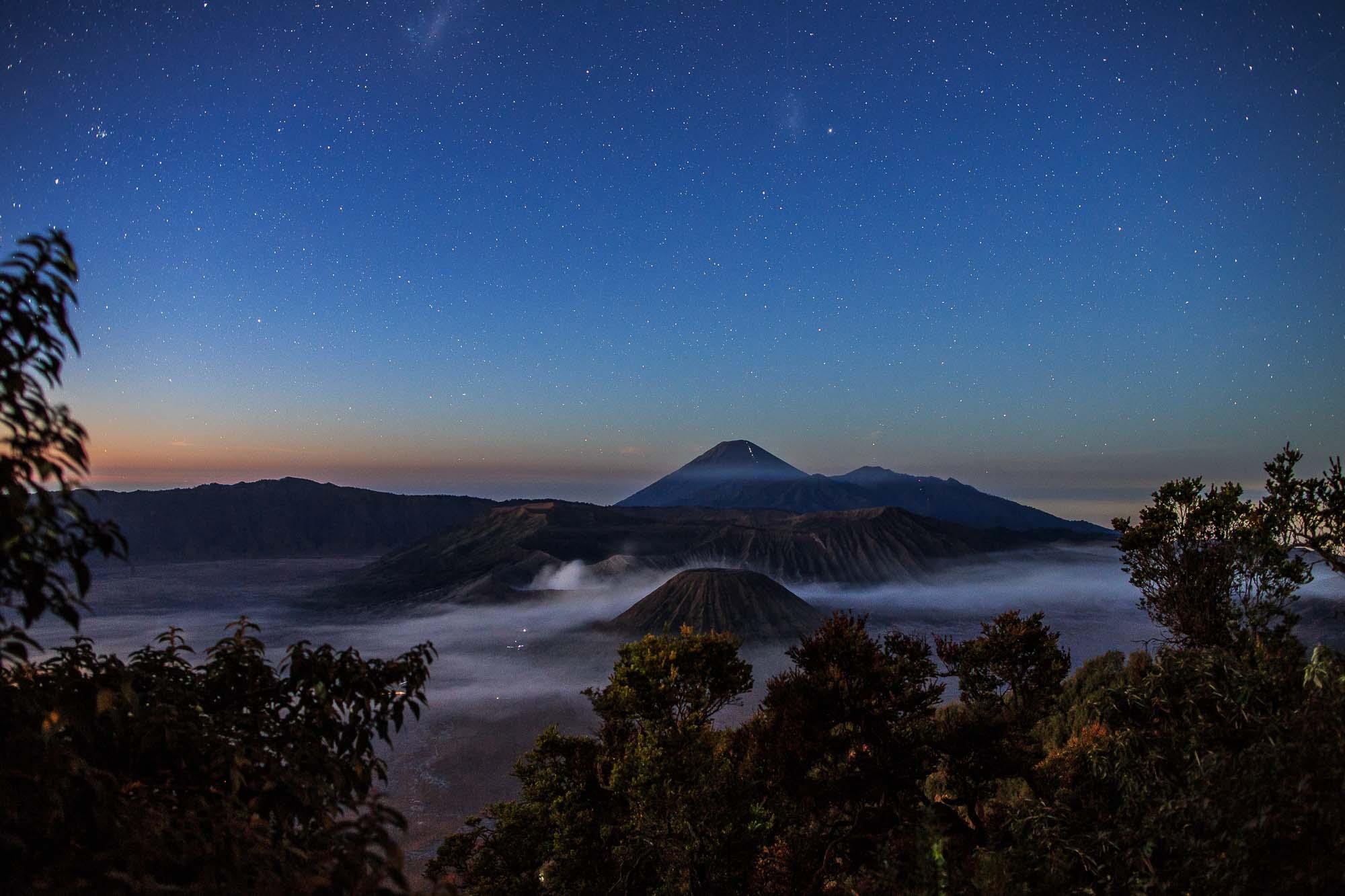 Mount Bromo at night - Jus Medic