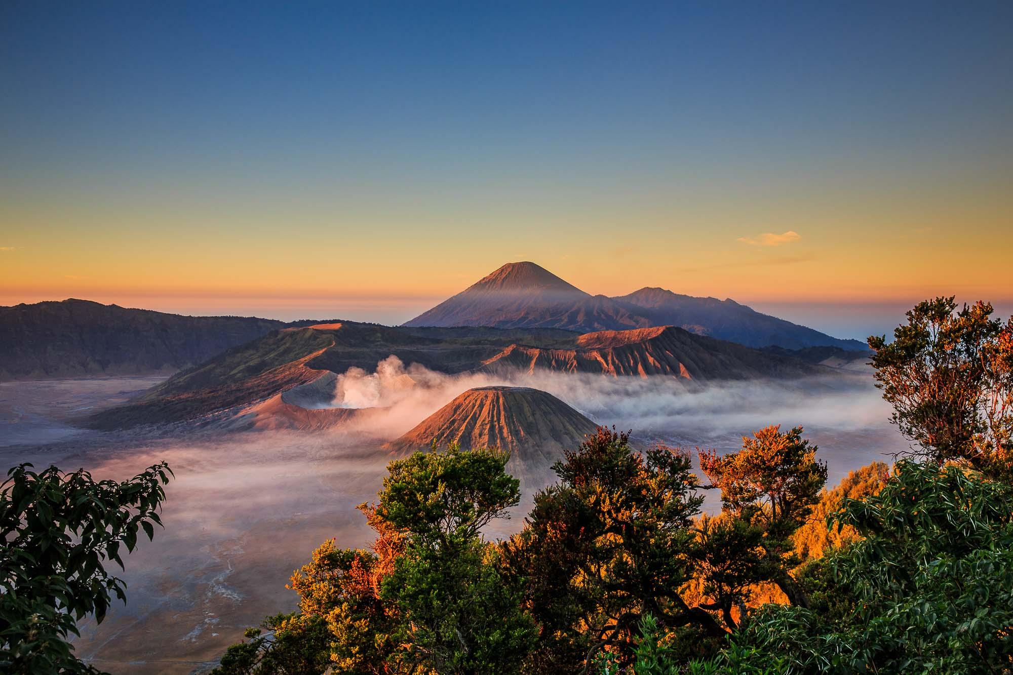 Mount Bromo at sunrise - Jus Medic