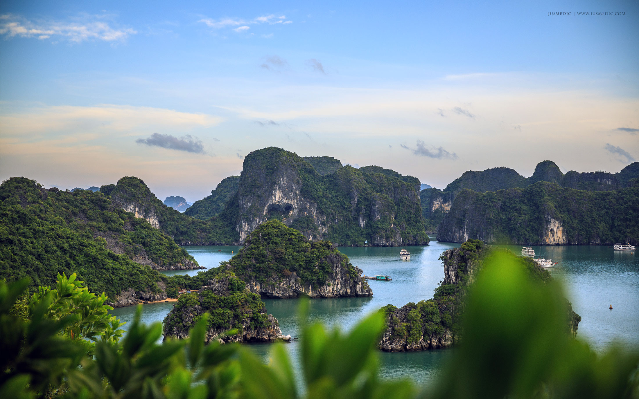 Halong Bay, Vietnam - www.jusmedic.com
