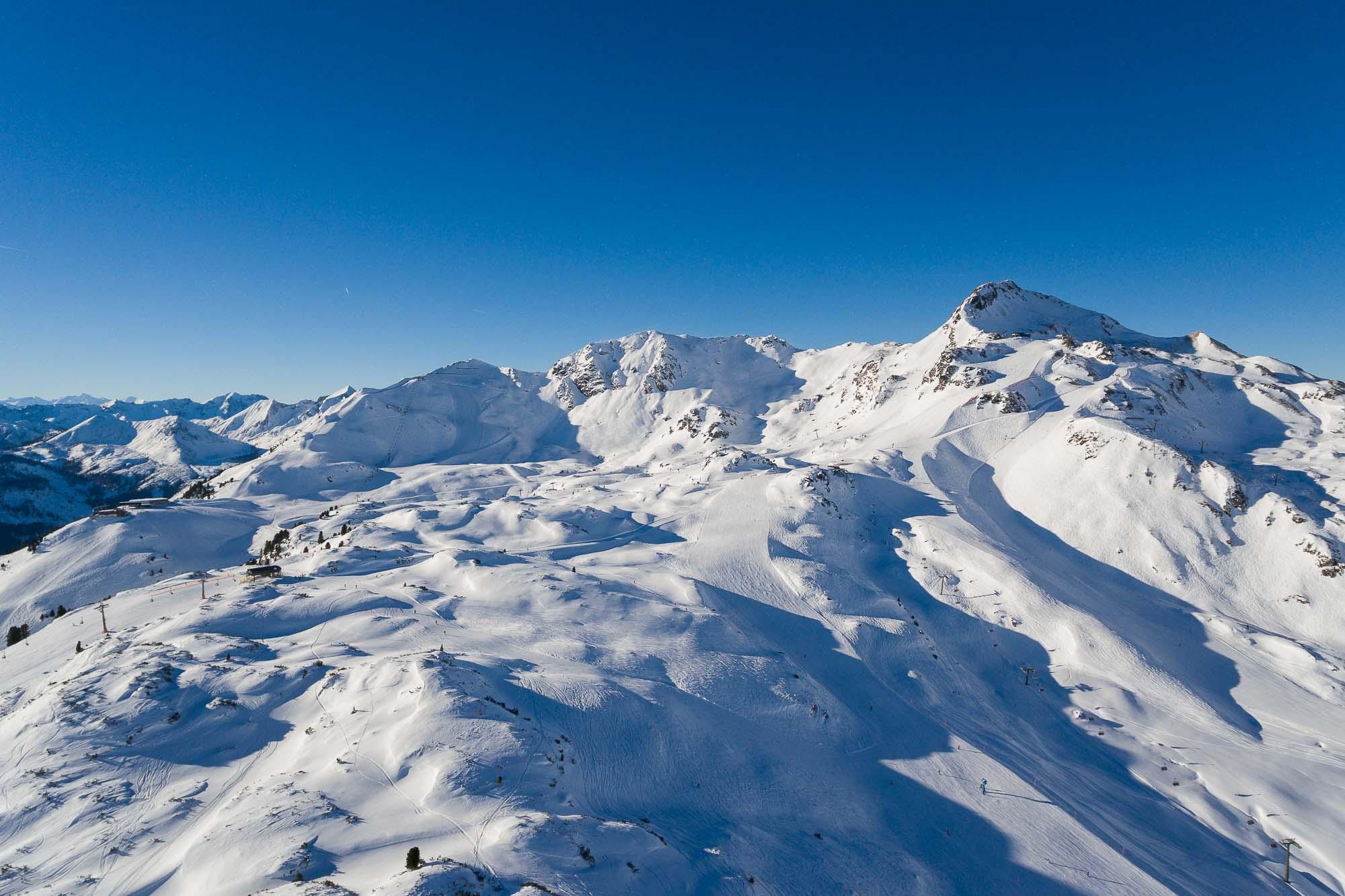 Skiing in Obertauern, Austria - www.jusmedic.com